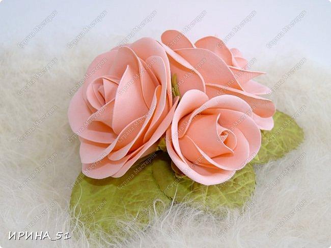 Пионовидная роза Давида Остина из фоамирана +заколочка. фото 7