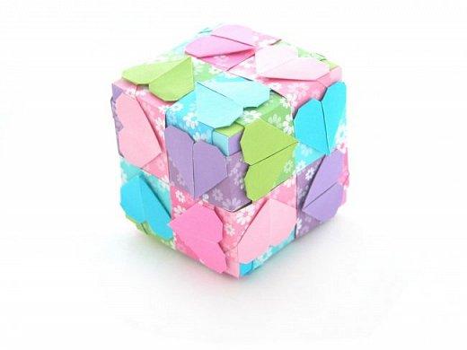 """А у меня тоже есть такой """"сердечный"""" кубик. Правда, делала я его для другого ФМ. Поэтому сюда выставляю вне конкурса, для компании, так сказать."""