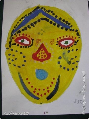 Детки пошалили на тему африканских масок. Выбрала самые колоритные. фото 3
