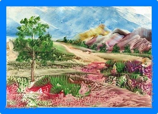 Тропинка вдоль гор. фото 1