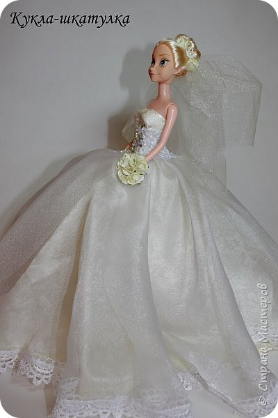 Очень давно заглядывалась на куколок-невест)) Теперь и у меня она есть!!)))  фото 3