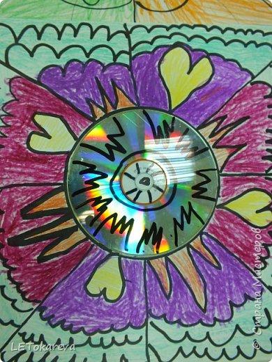 Здравствуйте!  Мне понравилась идея  использования дисков в детской изобразительной деятельности . Я увидела это  в интернете . Вот что у нас получилось. фото 4