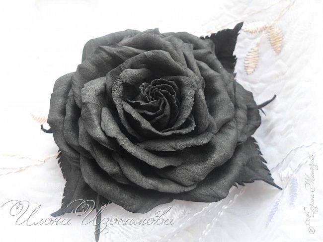 Розы из фоамирана(резиночки и заколки) фото 7