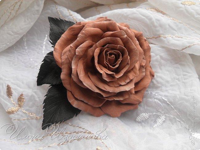 Розы из фоамирана(резиночки и заколки) фото 6
