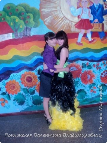 Платье из одноразовых пакетов  фото 2