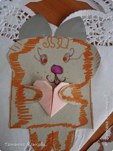 Всем привет Посмотрите какие чудесные сумочки валентинки сделали мои детки. фото 3