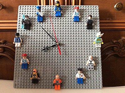 Часики из Лего