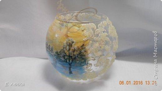 Стеклянные бокалы и вазочка из Икеи, роспись акрилом, на ножках поталь, хрустальная паста фирмы Сонет. фото 3