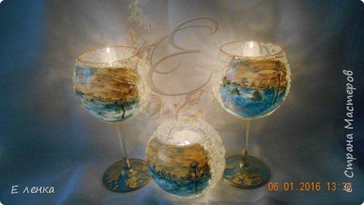 Стеклянные бокалы и вазочка из Икеи, роспись акрилом, на ножках поталь, хрустальная паста фирмы Сонет. фото 6