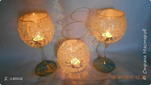 Стеклянные бокалы и вазочка из Икеи, роспись акрилом, на ножках поталь, хрустальная паста фирмы Сонет. фото 8