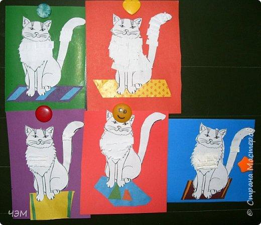 Коты бывают разные: И чистые, и грязные, Худые, полосатые, Блохастые, пузатые, Коварные и добрые, Диванные - удобные, Лечебные, поющие, Курящие и пьющие. Немного поседевшие, Чрезмерно располневшие, Бандиты и карманники, Домашние охранники, Облезлые, гулящие, И даже говорящие. Уютные, домашние, Тряпичные, бумажные... А мой любимый котофей Меня встречает у дверей На лапки задние встает И честь хозяйке отдает.  Источник: http://vseanekdotu.ru/smeshnye-stixi-pro-kotov/ фото 2