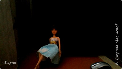 Привет СМ! Наконец-то мои руки дошли до Микки. Сегодня я ей сшила такой ромашковый комплект.Состоящий из : юбки и майки. Ну,а далее не большой фотосет. фото 13