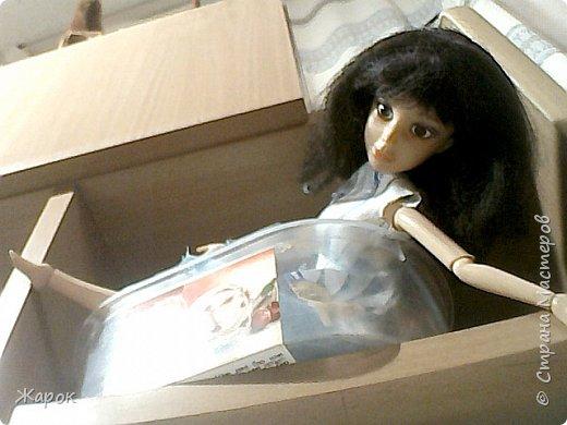 Привет СМ! Наконец-то мои руки дошли до Микки. Сегодня я ей сшила такой ромашковый комплект.Состоящий из : юбки и майки. Ну,а далее не большой фотосет. фото 7