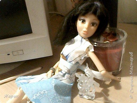 Привет СМ! Наконец-то мои руки дошли до Микки. Сегодня я ей сшила такой ромашковый комплект.Состоящий из : юбки и майки. Ну,а далее не большой фотосет. фото 9