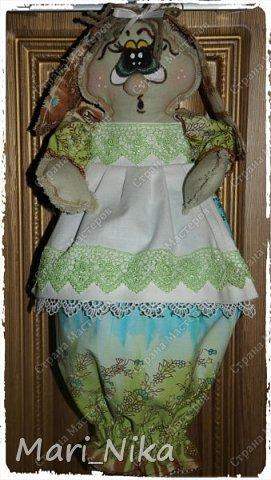 Я долго гуляла, побывала в гостях у Лены -Olivia45-  http://stranamasterov.ru/user/225046  и насмотрелась там шикарные мешочницы, нагуляла аппетит, с ее легкой руки попала в гости к Марианне-MariArte-  http://stranamasterov.ru/user/359487 и там растаяла окончательно! Девчонки какие чудесные вещи вы создаете! Как же обрадовалась моя швейная машинка когда я не просто пыль с нее стерла но и попросила поработать!!! на этом фото она наполнена уже мешочками. фото 1
