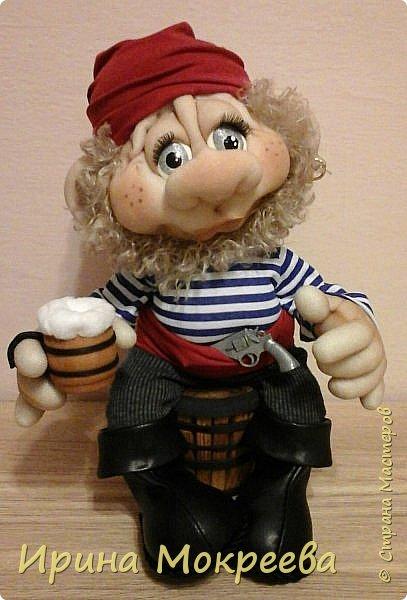 Сегодня на свет появился такой пират с кружечкой пива. фото 1