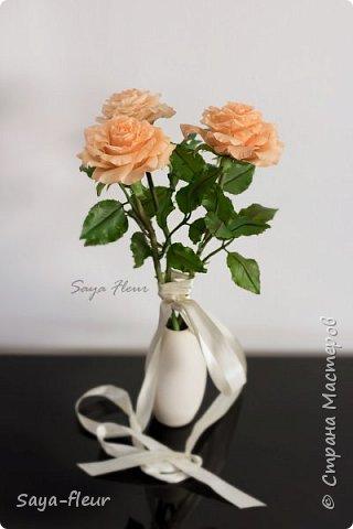 Здравствуйте, хотела бы показать свою работу, мои любимые розочки, стараюсь сделать соотношение качества и доступности, цветы пахнут настоящими розами. Сделаны из полимерной глины. фото 1