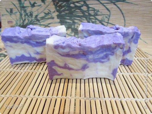 По мотиву Аллепского мыла.ХС Мыло с нуля на оливковом масле и масле благородного лавра,с добавлением кокосового масла . фото 5