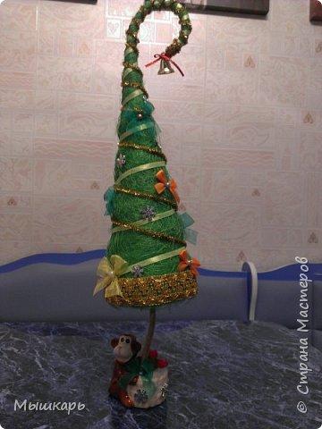 Приветствую всех! Эту первую ёлку сделала задолго до Нового года. фото 1