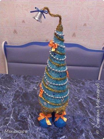Приветствую всех! Эту первую ёлку сделала задолго до Нового года. фото 4