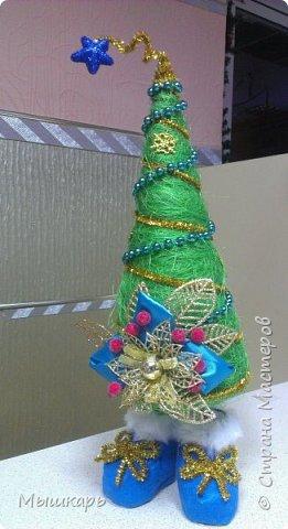 Приветствую всех! Эту первую ёлку сделала задолго до Нового года. фото 6