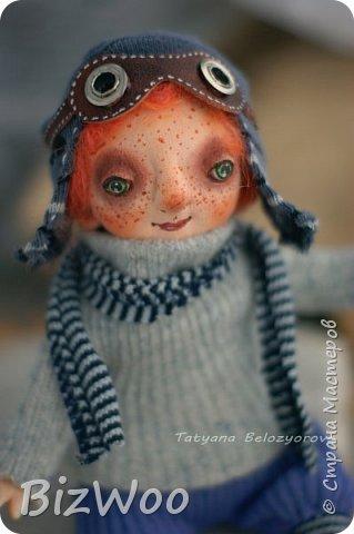 Доброго всем дня! Этот год я начала с новых кукол в смешанной технике. Они все полностью на проволочном каркасе. Рост от 15 до 35 см. фото 9