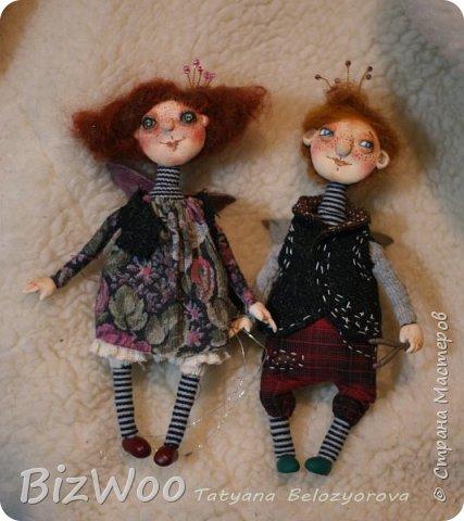 Доброго всем дня! Этот год я начала с новых кукол в смешанной технике. Они все полностью на проволочном каркасе. Рост от 15 до 35 см. фото 16