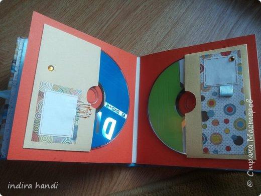Для своего лапочки сыночка, я сделала комплект. Коробочку мамины сокровища, папочку свидетельство о рождении и мини папочка для компакт дисков с фотографиями своего малыша. фото 11
