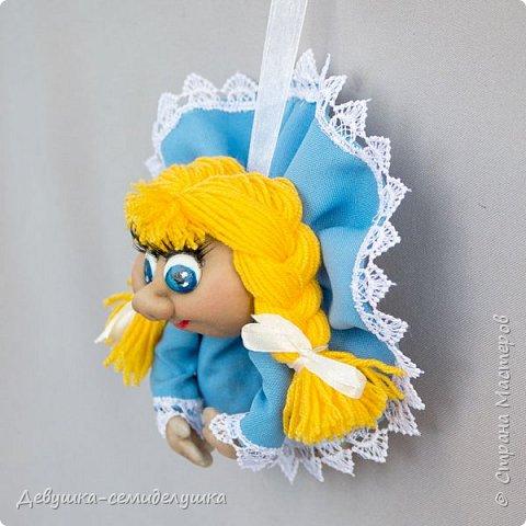 Девочка в голубом (мини) — доверчивая и наивная.  Верит, что мир прекрасен. Приносит удачу добрым людям. фото 2