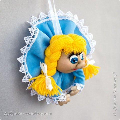 Девочка в голубом (мини) — доверчивая и наивная.  Верит, что мир прекрасен. Приносит удачу добрым людям. фото 3