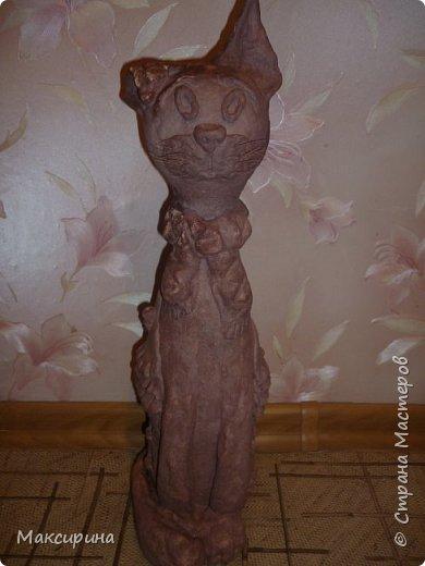 Здравствуйте!!!  Всем доброго времени суток!!!  Давняя мечта, слепить кота на бутылке осуществилась. Первая моя работа с соленым тестом. Кот-повторюшка с этого кота    http://stranamasterov.ru/node/458447   , и с этого    http://stranamasterov.ru/node/533027       Спасибо девочкам большущее.  фото 6