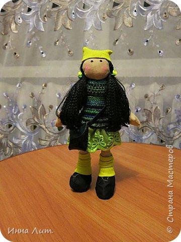 Приветствую Вас,жители!Решила попробовать шить куклы.Это мои первые.Корявенькие конечно немного,но первые все таки. фото 1