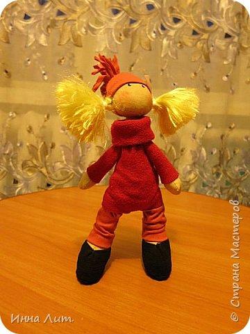 Приветствую Вас,жители!Решила попробовать шить куклы.Это мои первые.Корявенькие конечно немного,но первые все таки. фото 5