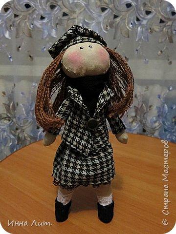 Приветствую Вас,жители!Решила попробовать шить куклы.Это мои первые.Корявенькие конечно немного,но первые все таки. фото 4
