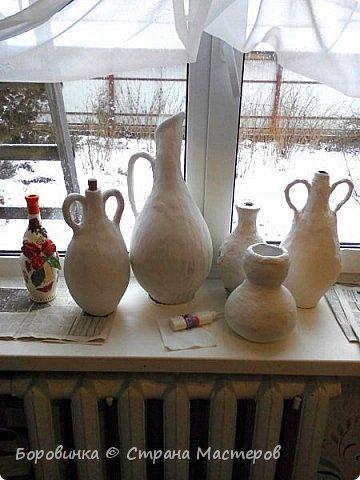 Всем доброго дня!! Приглашаю посмотреть мои вазочки. Делала их из массы папье маше, которую лепила на бутылки стеклянные. Ручки из проволоки. фото 7