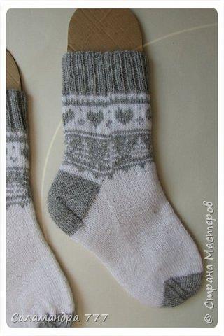 Ура! Я их довязала! Еще одни носочки с жаккардом. Отправятся на Украину. фото 2