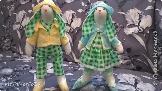 Интерьерные игрушки зайцы тильда рост 40 см самостоятельно стоят, сидят с опорой. Могут стать замечательным украшением интерьера или лучшим друзьями вашего малыша. фото 2