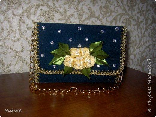 Вот такие коробочки - сумочки  начала делать в подарок подругам. Это подарочная упаковка для конфет. фото 8