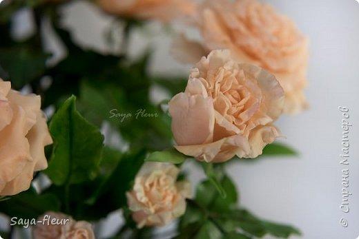 Здравствуйте, хотела бы показать свою работу, мои любимые розочки, стараюсь сделать соотношение качества и доступности, цветы пахнут настоящими розами. Сделаны из полимерной глины. фото 10