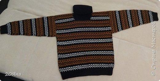 Здравствуйте, дорогие жители страны мастеров! Предлагаю вам посмотреть свитер, связанный крючком. фото 2