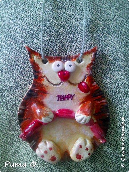 Огромное спасибо за идею Више (http://stranamasterov.ru/user/44976). По ее работам слепили с внучкой этих котиков для папы и мамы к праздникам. фото 3
