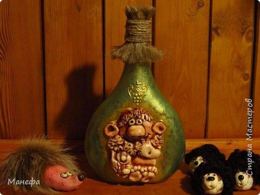 Одна сторона бутылки  фото 1