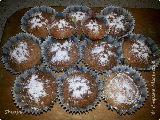 Кексы на кефире с орехами  фото 1