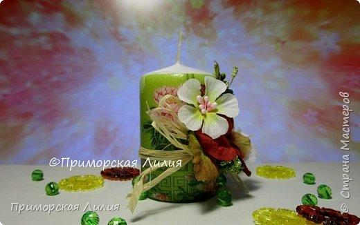 Белая обычная свеча превращается в яркий элемент декора и неповторимый, романтичный подарок))) Всё довольно просто и быстро. фото 3