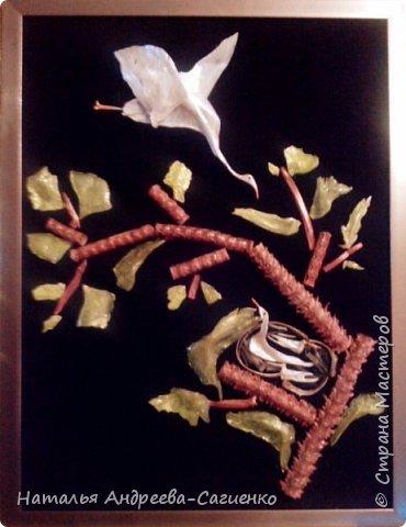 Картины из рыбьих костей и чешуи фото 3