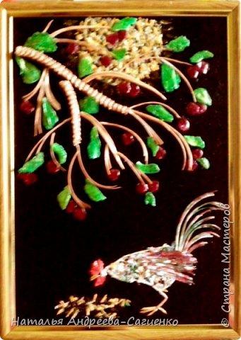 Картины из рыбьих костей и чешуи фото 1
