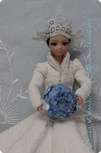В далеком-далеком снежном королевстве жила холодная,надменная, снежная королева. фото 12