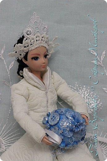 В далеком-далеком снежном королевстве жила холодная,надменная, снежная королева. фото 11