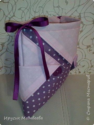 Вот такая корзинка-мешочек у меня получилась..можно использовать и как косметичку,т.к.есть завязки...и как подарочную упаковку... фото 10