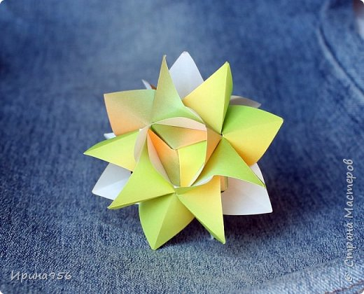 Chrysanthemum by Leroy МК http://stranamasterov.ru/node/93470 30 модулей 7 х 7 см. Размер около 9,5 см. фото 12